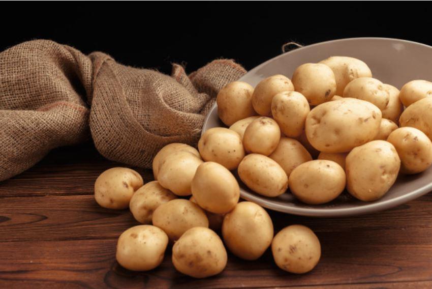 Làm hết sẹo lồi trên mặt bằng khoai tây