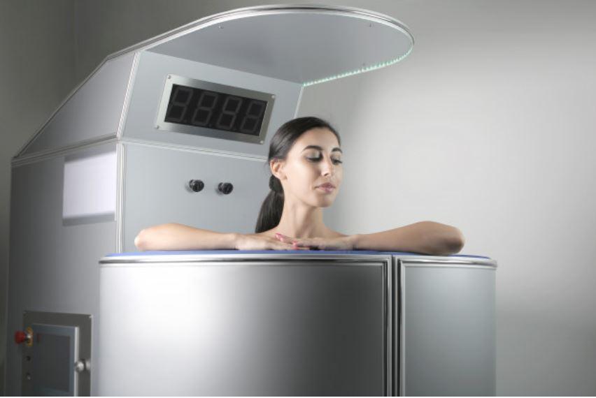 Liệu pháp áp lạnh Cryotherapy giúp điều trị sẹo lồi