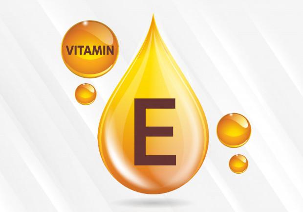 Vitamin E rất tốt cho điều trị mụn trứng cá